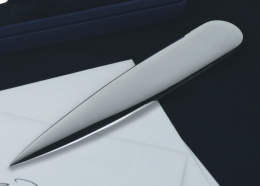 Wilkens SILHOUETTE Brieföffner versilbert,Geschenkverpackung. Maße: 18cm.